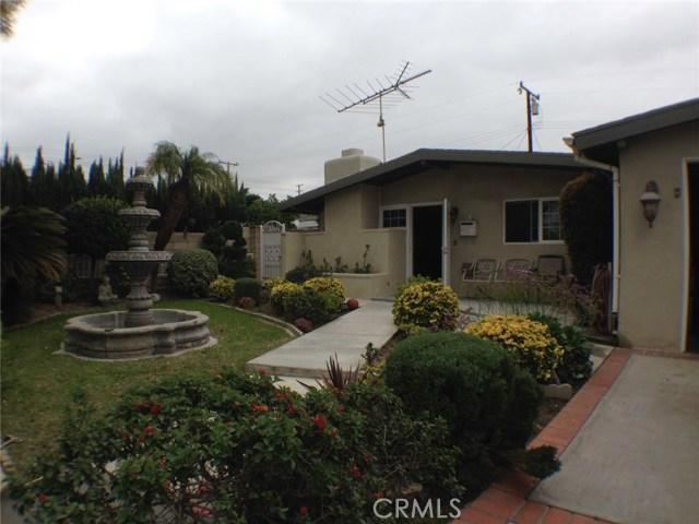 Single Family Home for Sale at 1110 Oxford Street Santa Ana, California 92707 United States