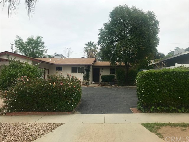 525 Esther Way Redlands, CA 92373 - MLS #: EV18076301