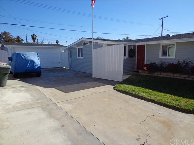 704 N Bush St, Anaheim, CA 92805 Photo 2
