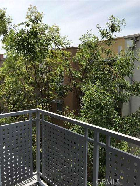 450 E Jeanette Lane, Santa Ana CA: http://media.crmls.org/medias/37cb07c2-df89-4266-85a7-495527e1d841.jpg