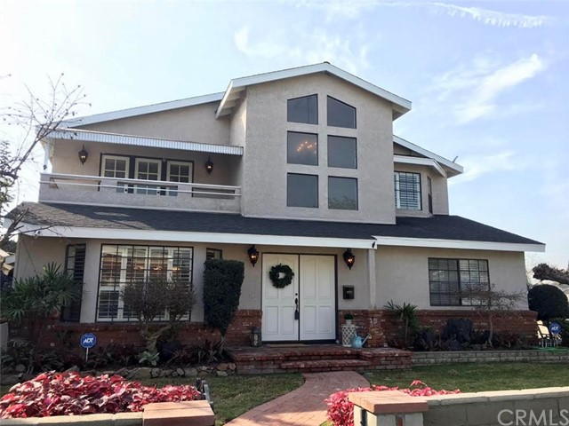 Single Family Home for Sale at 3729 Magnolia Avenue 3729 Magnolia Avenue Long Beach, California 90806 United States