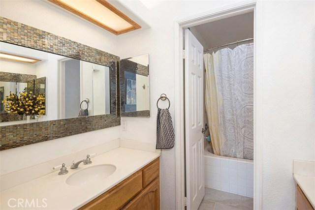 59 Wisteria Place, Aliso Viejo CA: http://media.crmls.org/medias/37d21c75-66fa-4b8e-83ec-87295af1c48e.jpg