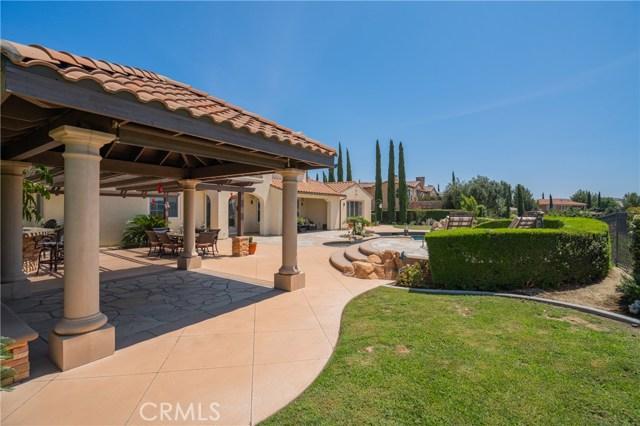 16762 Catena Drive, Chino Hills CA: http://media.crmls.org/medias/37d326c3-8b36-402d-aa5f-15954bf30345.jpg