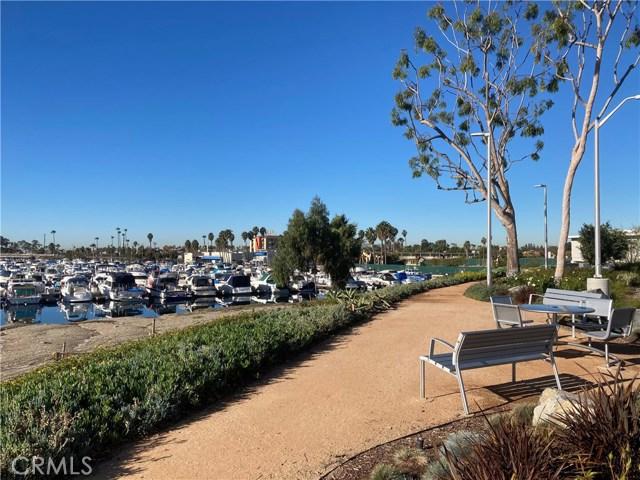 305 N Jade Cove, Long Beach CA: http://media.crmls.org/medias/37e50c10-a356-4b6e-8f48-0087ed36fa34.jpg