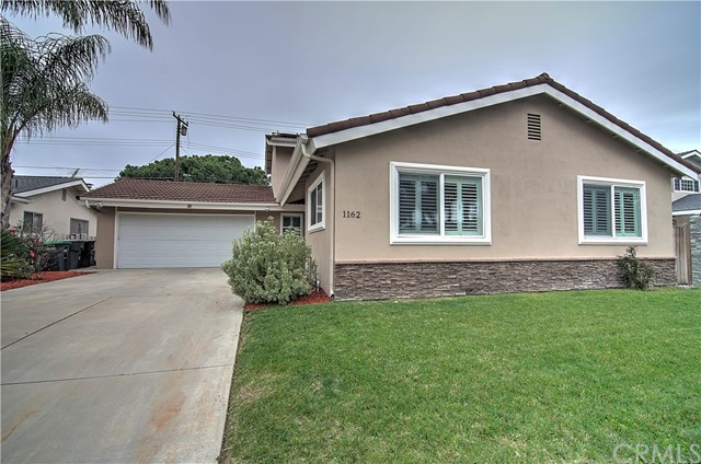 Single Family Home for Sale at 1162 Charleston Street Costa Mesa, California 92626 United States