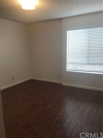 1605 Winona Boulevard Unit 202 Los Angeles, CA 90027 - MLS #: FR17127366
