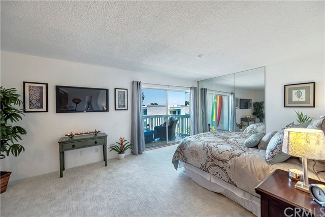 610 The Village , Redondo Beach, CA 90277