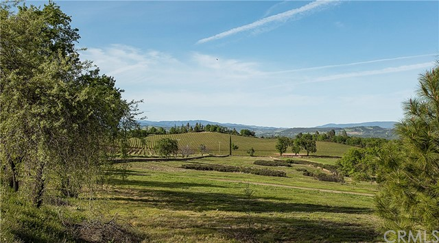 12220 Perini Road, Lower Lake CA: http://media.crmls.org/medias/38036bfe-f490-49d2-b860-f43f759b6479.jpg