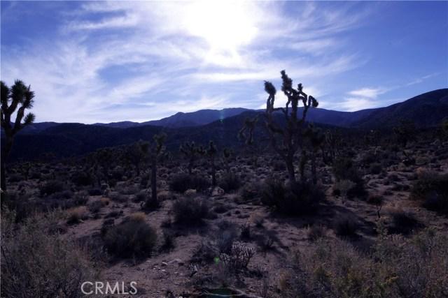 45447 Burns Canyon Road, Pioneertown CA: http://media.crmls.org/medias/38057aa3-720f-4988-a8a4-ca0e99418453.jpg
