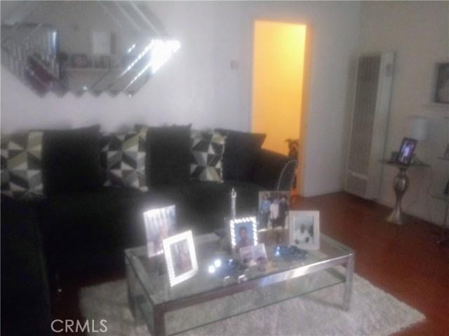 1411 N Spring Avenue, Los Angeles, California 90221, 3 Bedrooms Bedrooms, ,2 BathroomsBathrooms,HOUSE,For sale,Spring,IN20253689