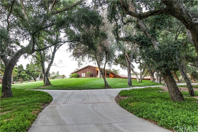 14044 Horse Creek Trail, Valley Center, CA 92082
