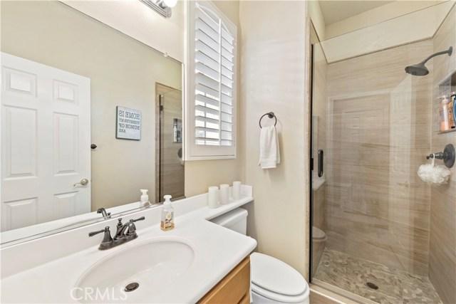1 Flintridge Avenue, Ladera Ranch CA: http://media.crmls.org/medias/3829ab73-6e26-4dae-9160-19a29e6b8cb4.jpg