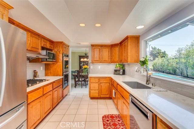 3992 Shasta Avenue, Los Alamitos CA: http://media.crmls.org/medias/383d3c0d-b7df-4c5b-9a87-519b716c8062.jpg