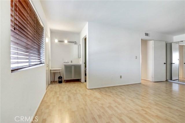 房产卖价 : $54.99万/¥378.00万