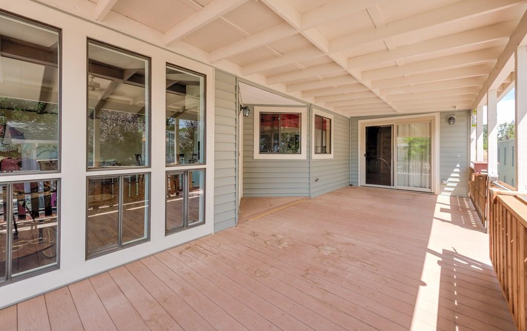 336 Walnut Drive, Lakeport CA: http://media.crmls.org/medias/384c91e8-aaf6-4f40-bf29-b5cd37e10ff3.jpg