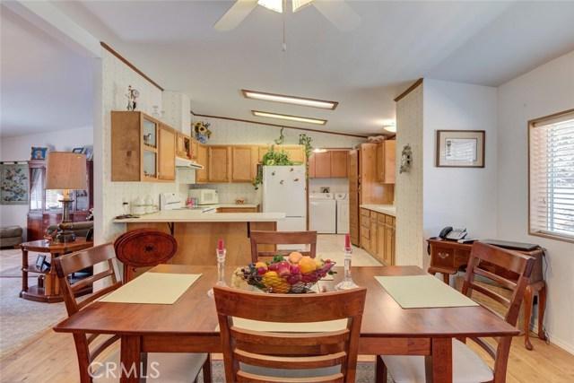 6171 Kanaka Avenue, Oroville CA: http://media.crmls.org/medias/3850a5ec-f5bb-41f7-8596-493ed2fc5887.jpg