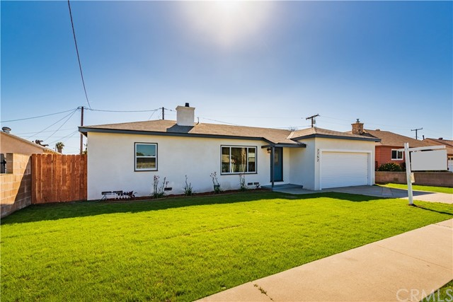 2752 219th Place, Carson, California 90810, 3 Bedrooms Bedrooms, ,2 BathroomsBathrooms,Single family residence,For Sale,219th,DW20032222