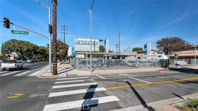 零售 为 销售 在 1200 N Hollywood Way 伯班克, 加利福尼亚州 91505 美国