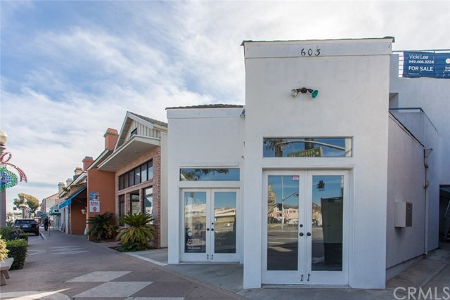 Retail for Sale at 603 E Balboa Boulevard Newport Beach, 92661 United States