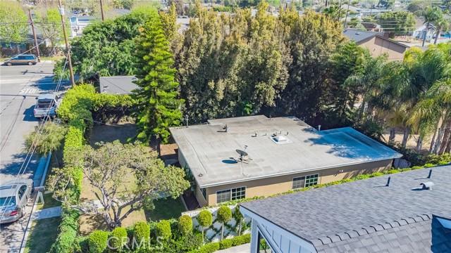 2133 Orange, Costa Mesa CA: http://media.crmls.org/medias/38639676-8f06-47af-8955-08f70eff293b.jpg
