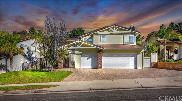 Detail Gallery Image 1 of 1 For 3223 Diamond View St, Corona,  CA 92882 - 3 Beds | 2/1 Baths
