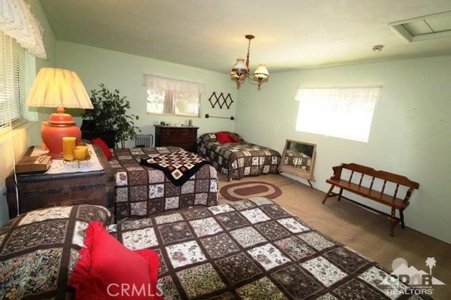 52761 Pine Ridge Road, Idyllwild CA: http://media.crmls.org/medias/3876c223-8fb9-4f09-b77a-104f3d3c3f1e.jpg