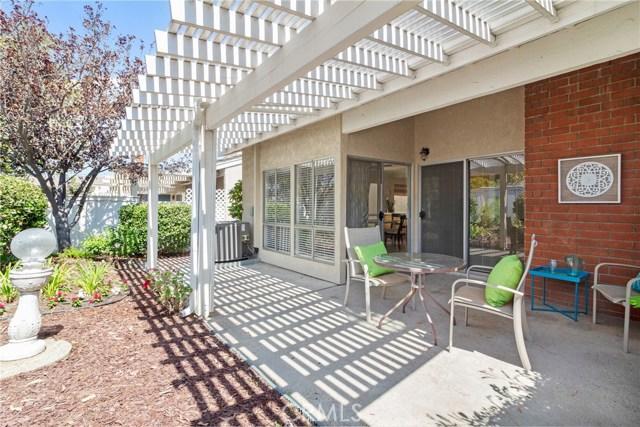 915 S Ridgecrest Circle, Anaheim Hills CA: http://media.crmls.org/medias/388305ee-c8b9-4632-a1ee-217f37397f8d.jpg