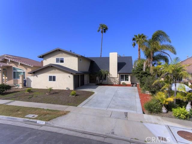 16979  Roundhill Drive, Huntington Harbor, California