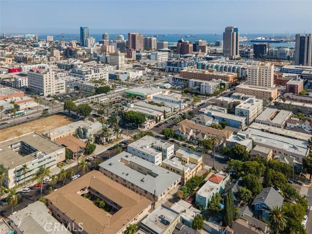 519 Cedar Avenue, Long Beach CA: http://media.crmls.org/medias/38a1476e-f8b5-4a71-a1cf-b65d8cb4d247.jpg