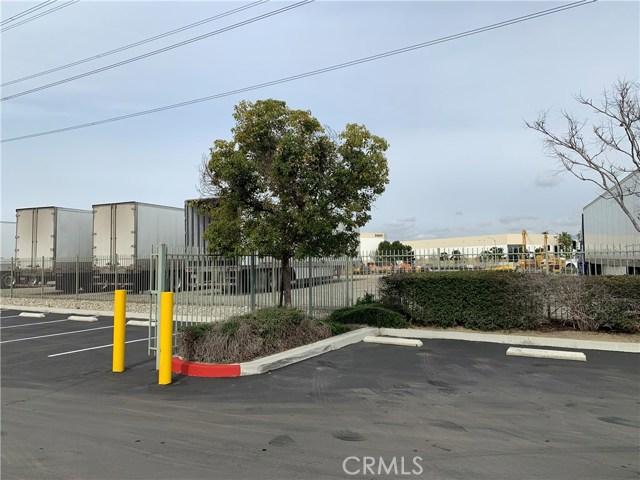 3230 Cornerstone Drive, Eastvale CA: http://media.crmls.org/medias/38a444e5-4332-4d7d-8526-da9accd2a9a4.jpg