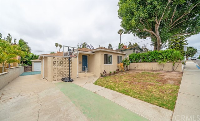 1717 11th Manhattan Beach CA 90266