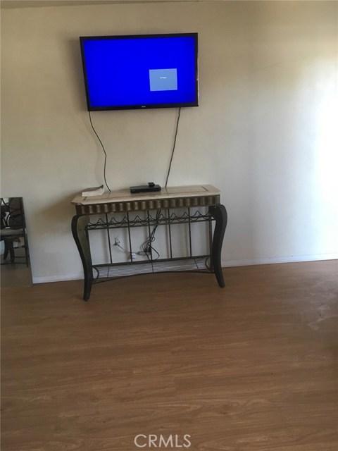 1028 S Foisy Street, San Bernardino CA: http://media.crmls.org/medias/38b1f1a5-90fd-4656-8196-13d533ab804e.jpg