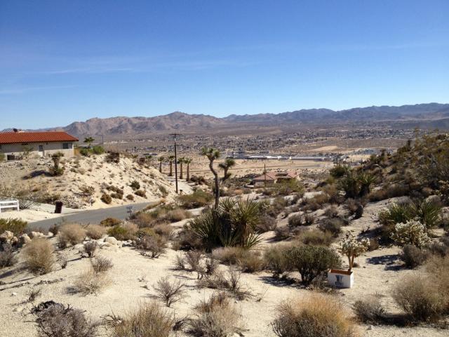 6120 Mandarin Road, Yucca Valley CA: http://media.crmls.org/medias/38be6bcb-08a6-4cd4-9fc0-2cc9fd914bac.jpg