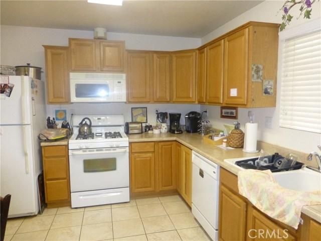 3481 Grant Street, Corona CA: http://media.crmls.org/medias/38c155b0-a590-422e-878d-b526efe9af5c.jpg