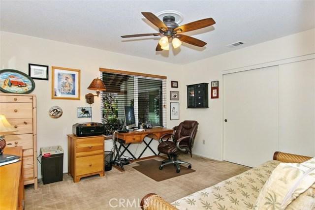 10425 Poplar Street, Rancho Cucamonga CA: http://media.crmls.org/medias/38d780ba-9c6a-4429-bd0b-1c9410d10777.jpg