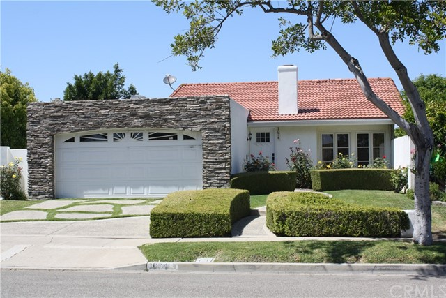 Single Family Home for Sale at 1074 Vallejo Circle Costa Mesa, California 92626 United States