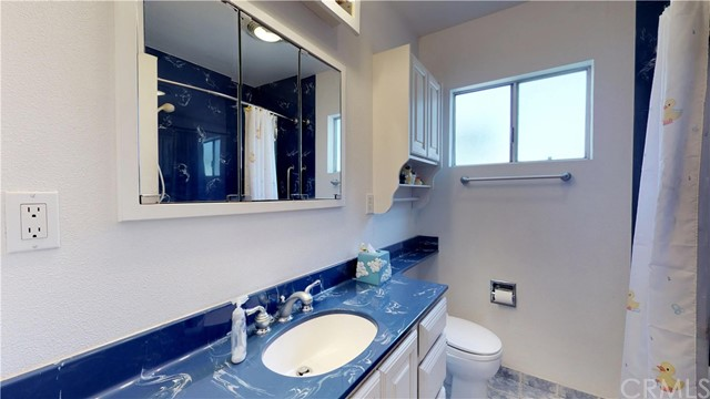 3943 Knoxville Avenue, Long Beach CA: http://media.crmls.org/medias/38e4c21c-1c04-42a3-87e2-da3cb5c2d3c7.jpg
