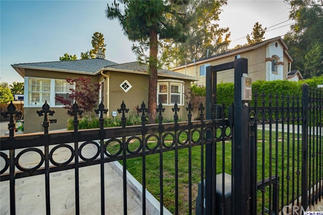 Single Family Home for Sale at 6638 Hough Street Highland Park, California 90042 United States