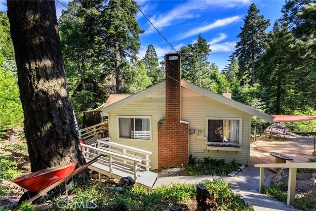 26137 Sky Ridge Drive, Twin Peaks CA: http://media.crmls.org/medias/38f61f4e-123b-4599-bc5c-acbe617a395d.jpg