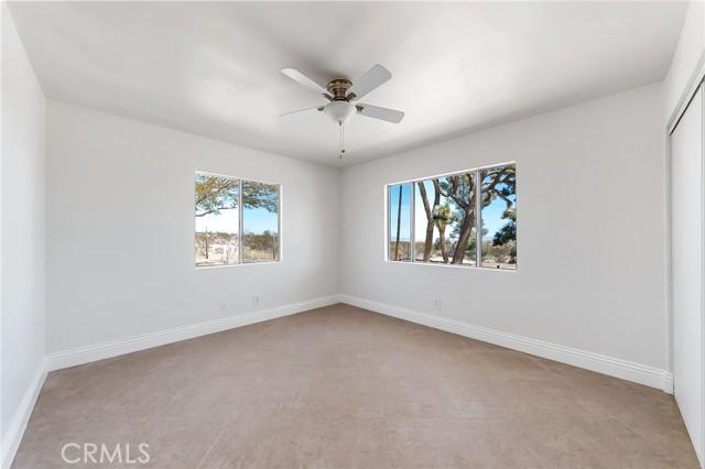230 Delgada Avenue, Yucca Valley CA: http://media.crmls.org/medias/39010156-04a4-44be-80f3-bce6c15139fd.jpg