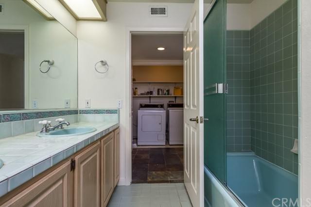 4108 Highland Avenue, Manhattan Beach CA: http://media.crmls.org/medias/3906663a-37fa-4f19-87ed-f755cdf1f924.jpg
