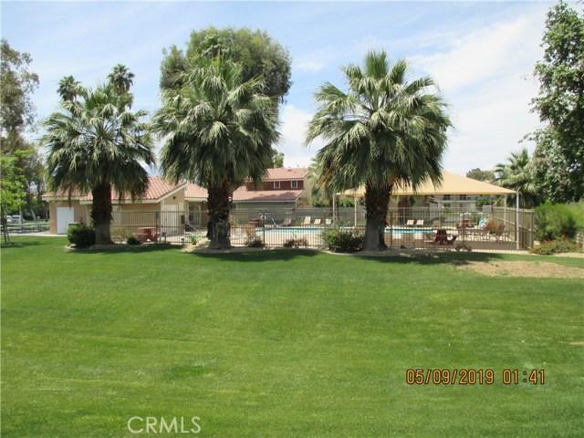 412 Tava Lane, Palm Desert CA: http://media.crmls.org/medias/39097e78-154b-4d3b-853f-cb14b30b3e6c.jpg