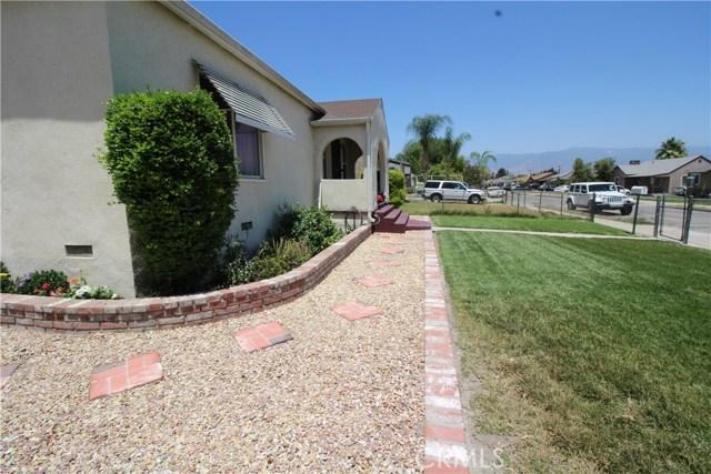 798 Bunker Hill Drive, San Bernardino CA: http://media.crmls.org/medias/390b0684-53ba-479a-8879-16366e204448.jpg