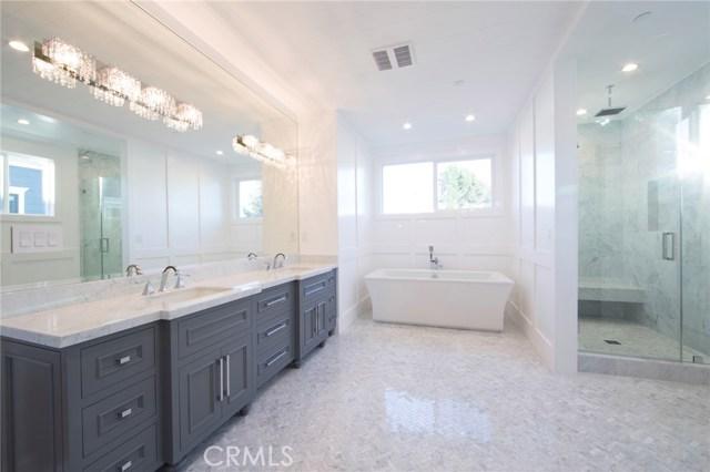 Single Family Home for Sale at 5638 Buffalo Avenue 5638 Buffalo Avenue Valley Glen, California 91401 United States