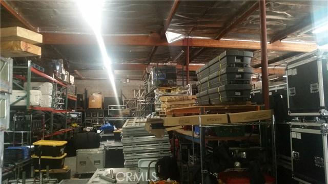 10750 Artesia Boulevard, Cerritos CA: http://media.crmls.org/medias/3914cf99-d1e2-4432-b970-de89359bba36.jpg