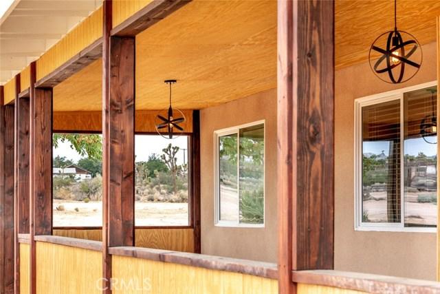 57330 Old Haggard Road, Yucca Valley CA: http://media.crmls.org/medias/391cf457-e905-4e36-8fb0-4b64c9104957.jpg