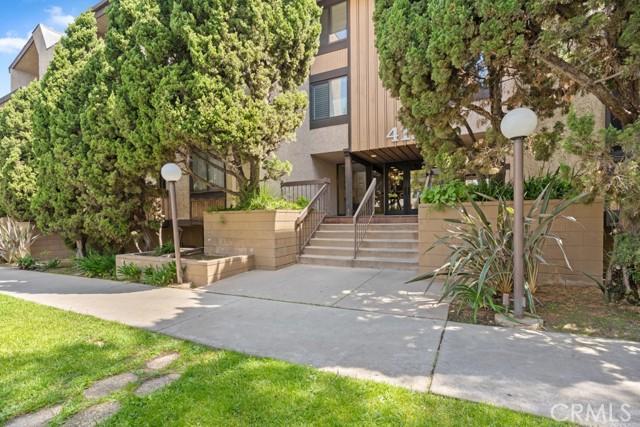 4170 Elm Avenue, Long Beach CA: http://media.crmls.org/medias/394be111-b4aa-452a-b3d6-d5d5c7759771.jpg