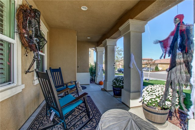 35027 PAINTED ROCK STREET, WINCHESTER, CA 92596  Photo 4