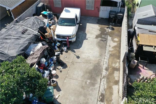 15725 S Frailey Avenue, Compton CA: http://media.crmls.org/medias/3958b3bd-cda0-4d20-9227-bae712c2f0b1.jpg