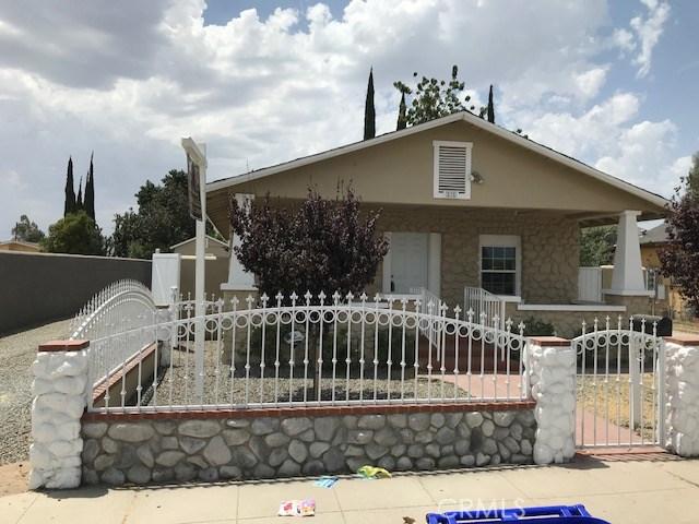 275 E 3rd Street, San Bernardino CA: http://media.crmls.org/medias/395d009e-e7ad-4746-8e7e-a097c9e86fdb.jpg